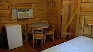 cabin10c